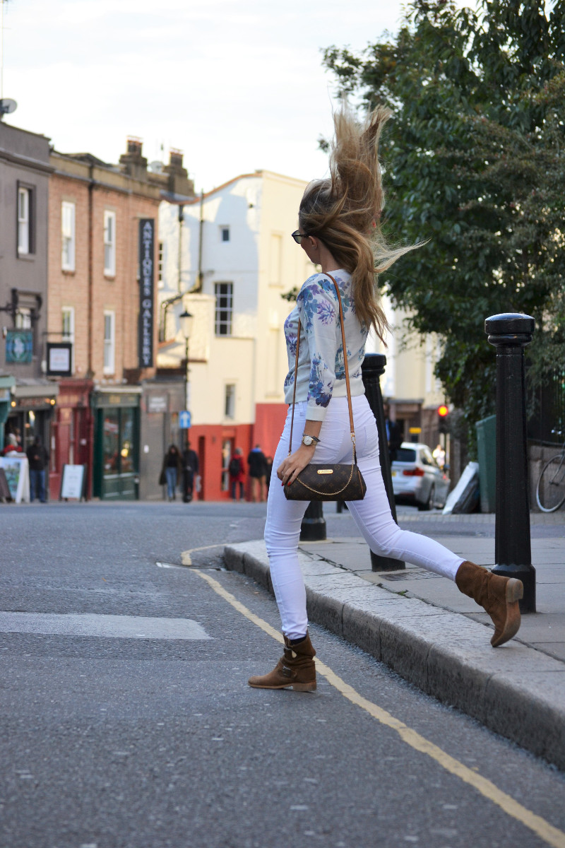 portobello_market_nothing_hill_lara_martin_gilarranz_bymyheels_london-10