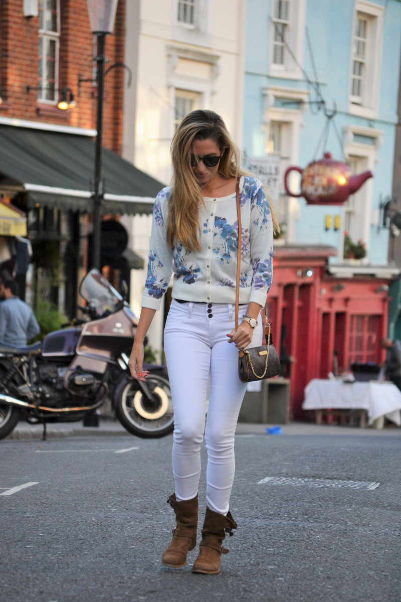 portobello_market_nothing_hill_lara_martin_gilarranz_bymyheels_london-4