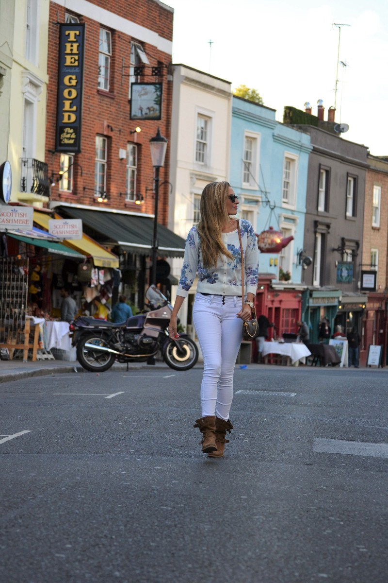 portobello_market_nothing_hill_lara_martin_gilarranz_bymyheels_london-6